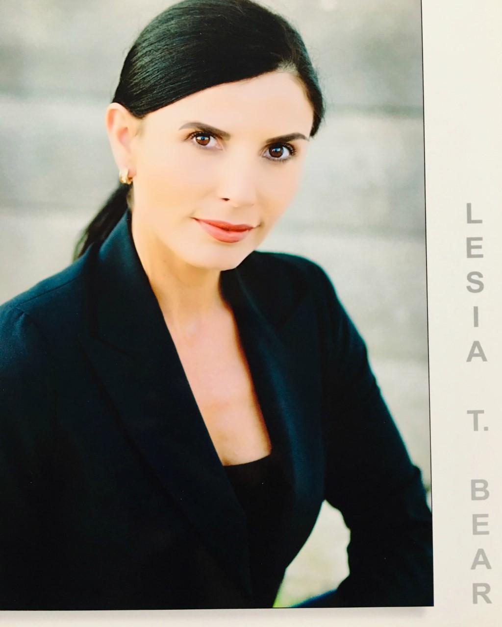 Lesia T Bear